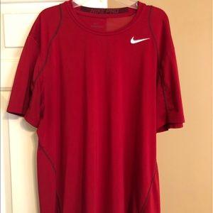 Nike Pro Tee